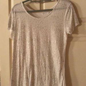 White t with silvery white sewn on sequins